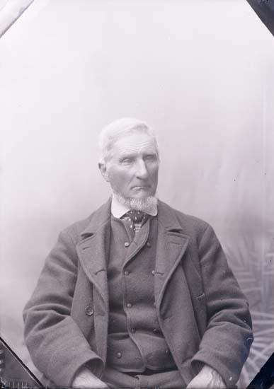 """Enligt text som medföljde bilden: """"Kapten E Elfström""""."""