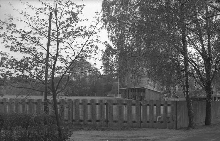 """Enligt fotografens noteringar: """"1938. 28 a. Idrottsplan Tången""""."""