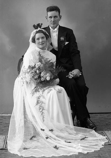 "Enligt fotografens journal nr 6 1930-1943: ""Andersson, Herr Enok Båtslycke, Spekeröd""."