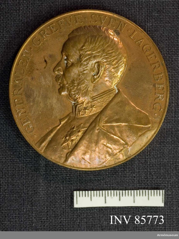 Grupp MII. Minne af trohet mot konung och fosterland under femtio - års officerstjänst. Den 7 dec 1889.