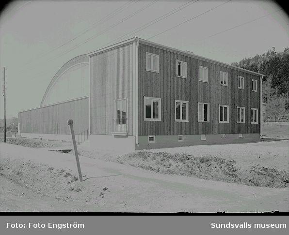 Tennishallen på Fabriksgatan 12. Uppförd 1937 och riven omkring 1990.