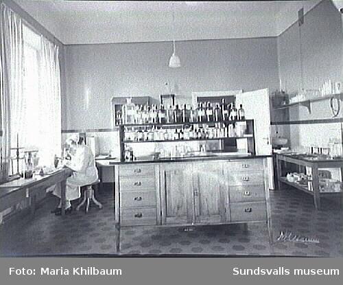 Interiör från Länssanatoriet. Laboratorium.
