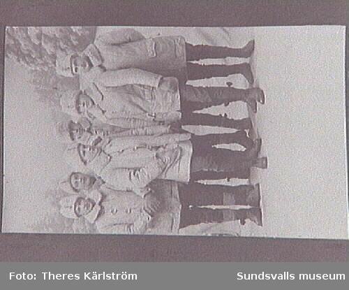 Sex unga män, från regementet T 3 i Sollefteå.