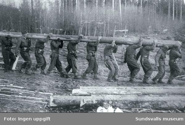 """""""Tror de skal bygges en provisorisk bro."""" (Einar Hegg, Nybergsund, augusti 1988)"""
