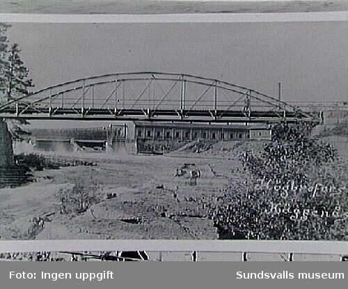 Bro och kraftverk vid Högbroforsen, Häggenås.