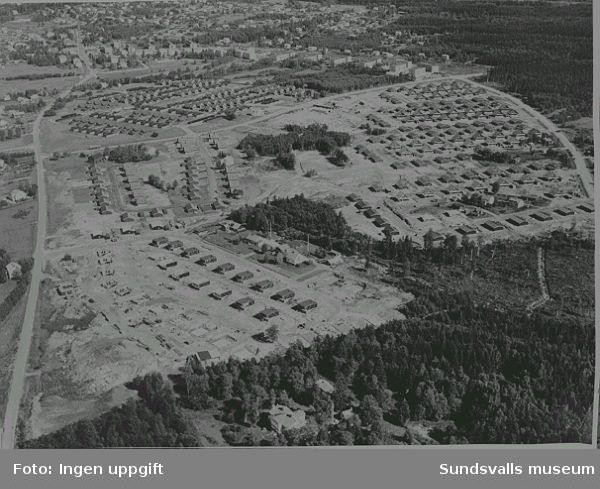 """""""Småhusmatta"""", Viihaga, Alnö, med färdiga villor och villor under uppförande i Usland och flerbostadshus i Öde."""