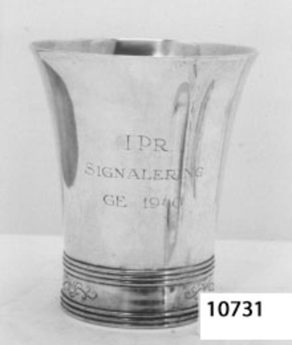 Pokal av nysilver. Inskription: I P. R Signalering G E 1940.