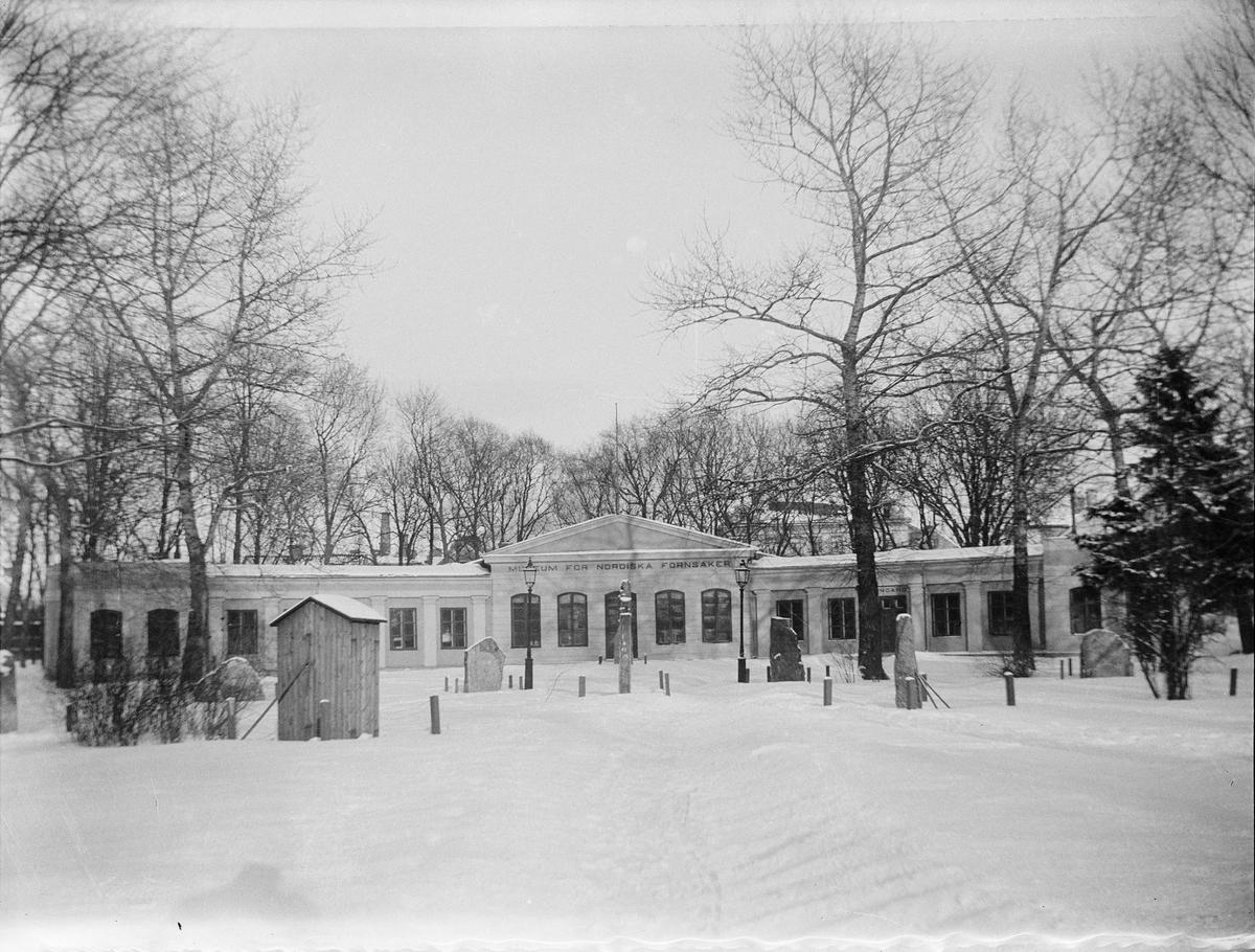 Museet för nordiska fornsaker i Orangeriet, Linnéträdgården, kvarteret Örtedalen, Uppsala 1900 - 1901