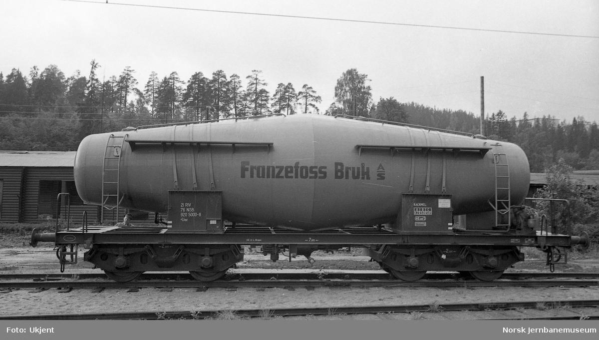 Spesialvogn for kalkmel for transporter for Franzefoss Bruk A/S, litra Uac 920 5000