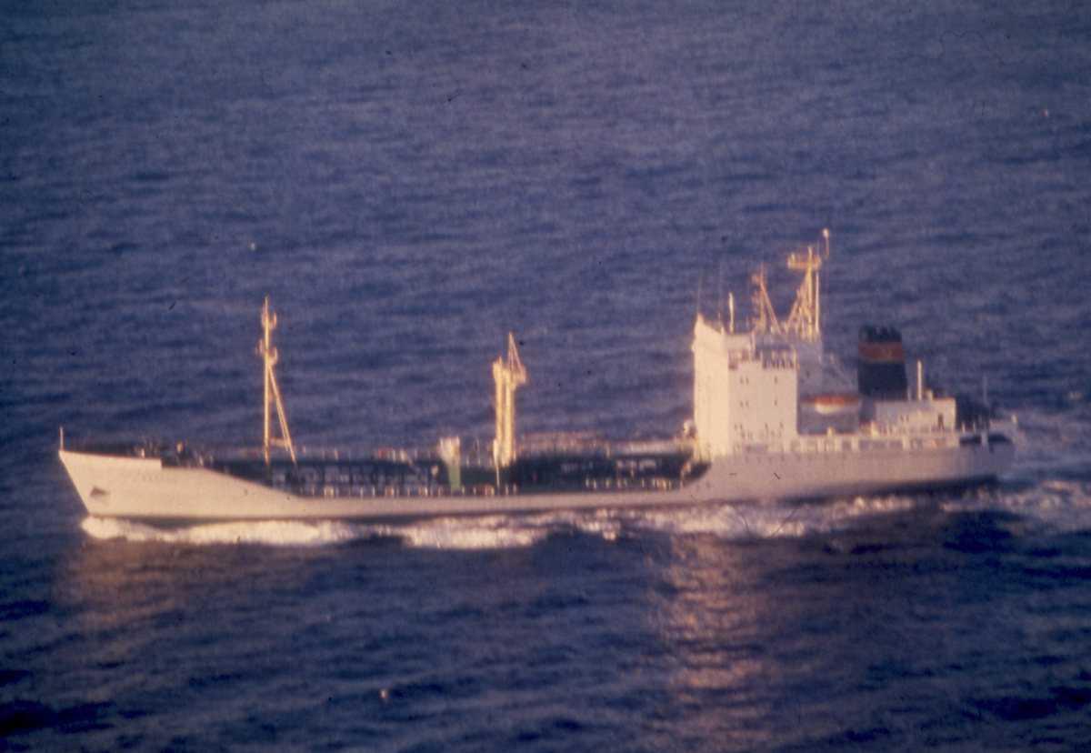 Russisk oljetanker med merking MN-0253.