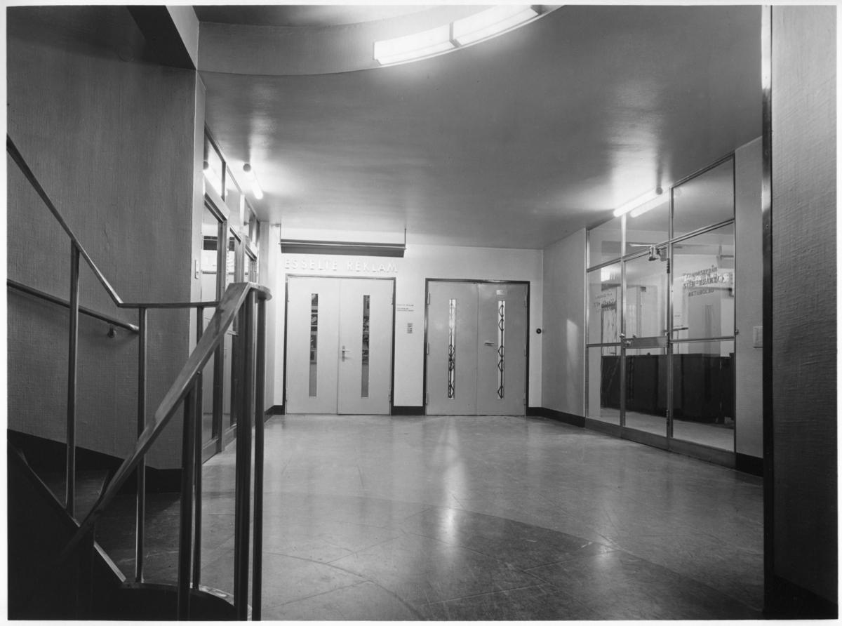 Esseltehuset Interiör, hisshall