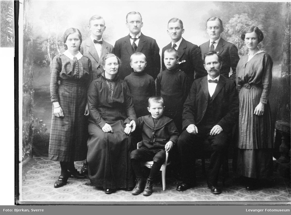 P. Thynes med familie
