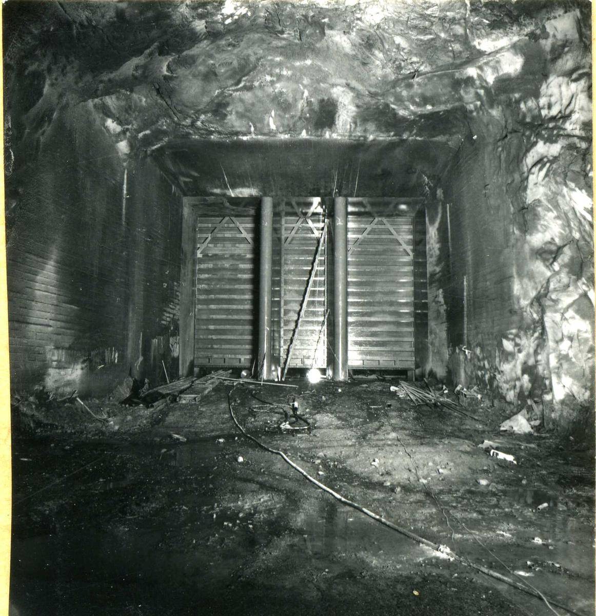 Inntak og dam. Våmarvatn og Kåsvatn. Tunnel.