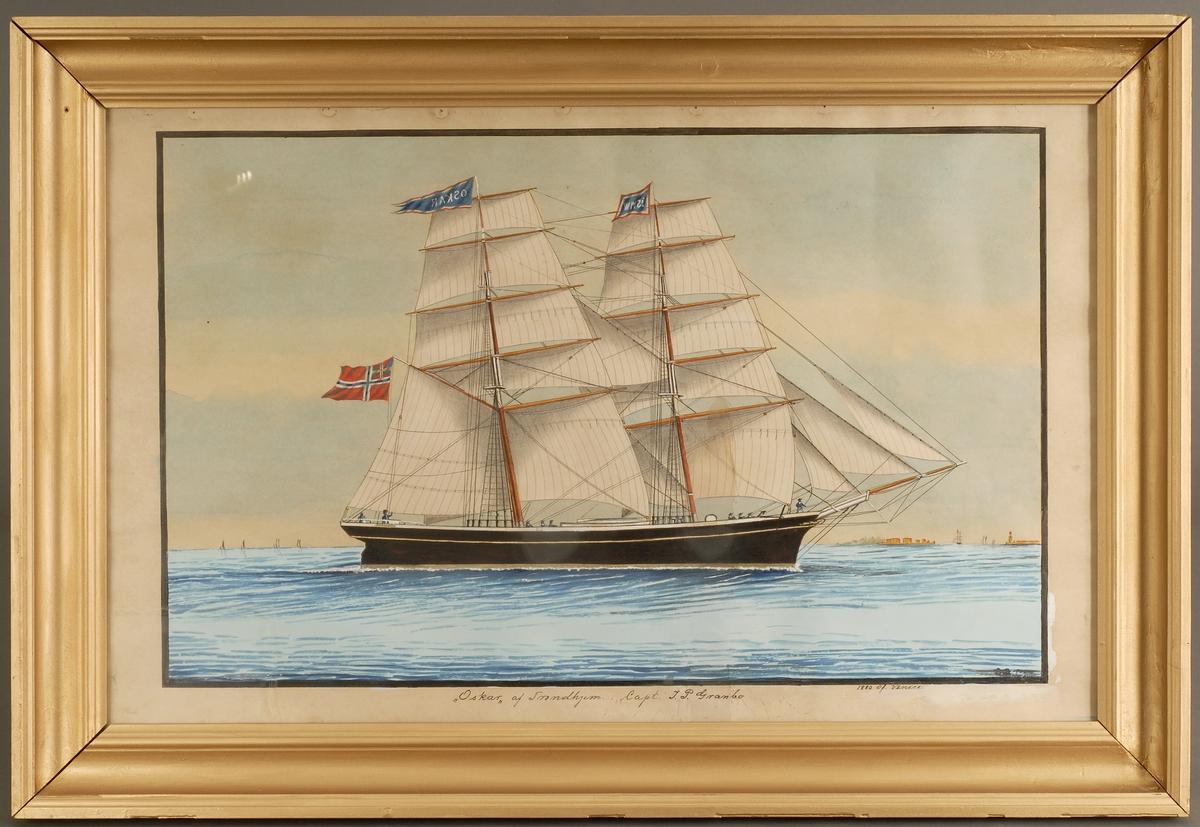 Fartøyet Oskar med fulle seil på ganske rolig sjø.