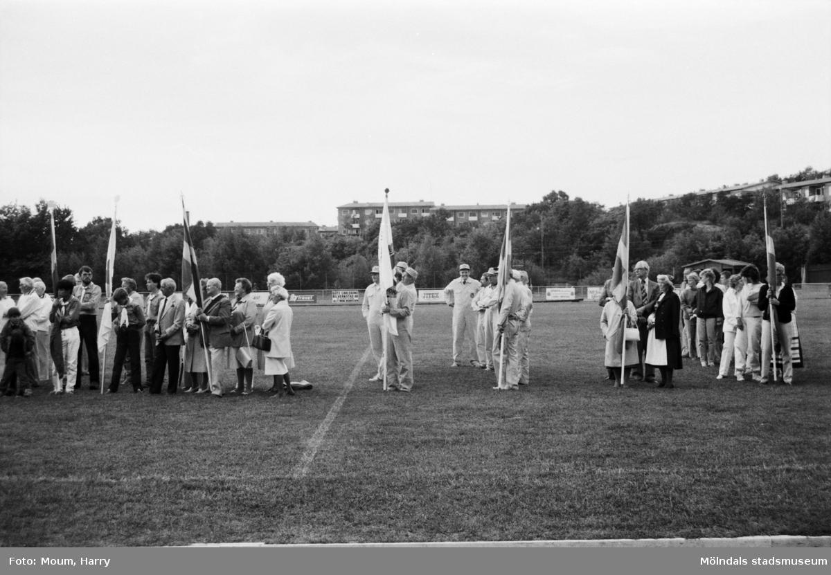 Nationaldagsfirande på Kvarnbyvallen i Mölndal, år 1984.  För mer information om bilden se under tilläggsinformation.