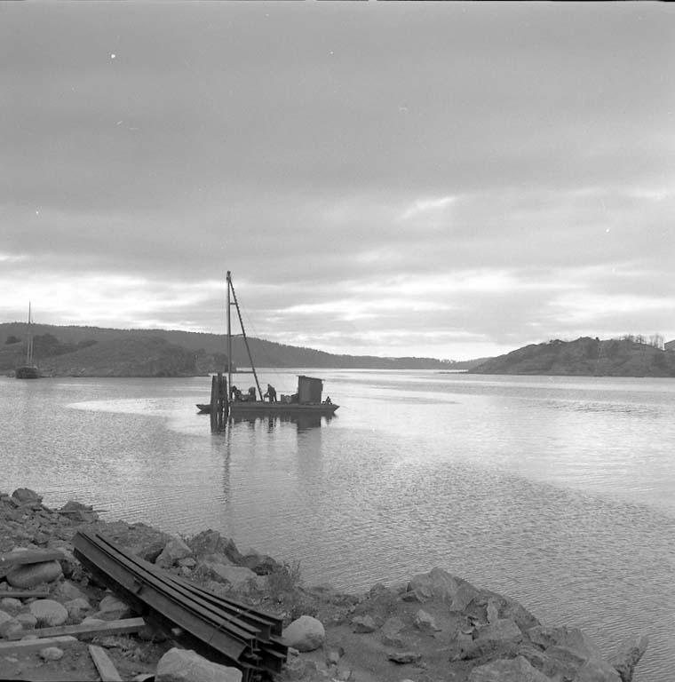 """Enligt notering: """"Hamnbilder från Varvet Nov -60""""."""