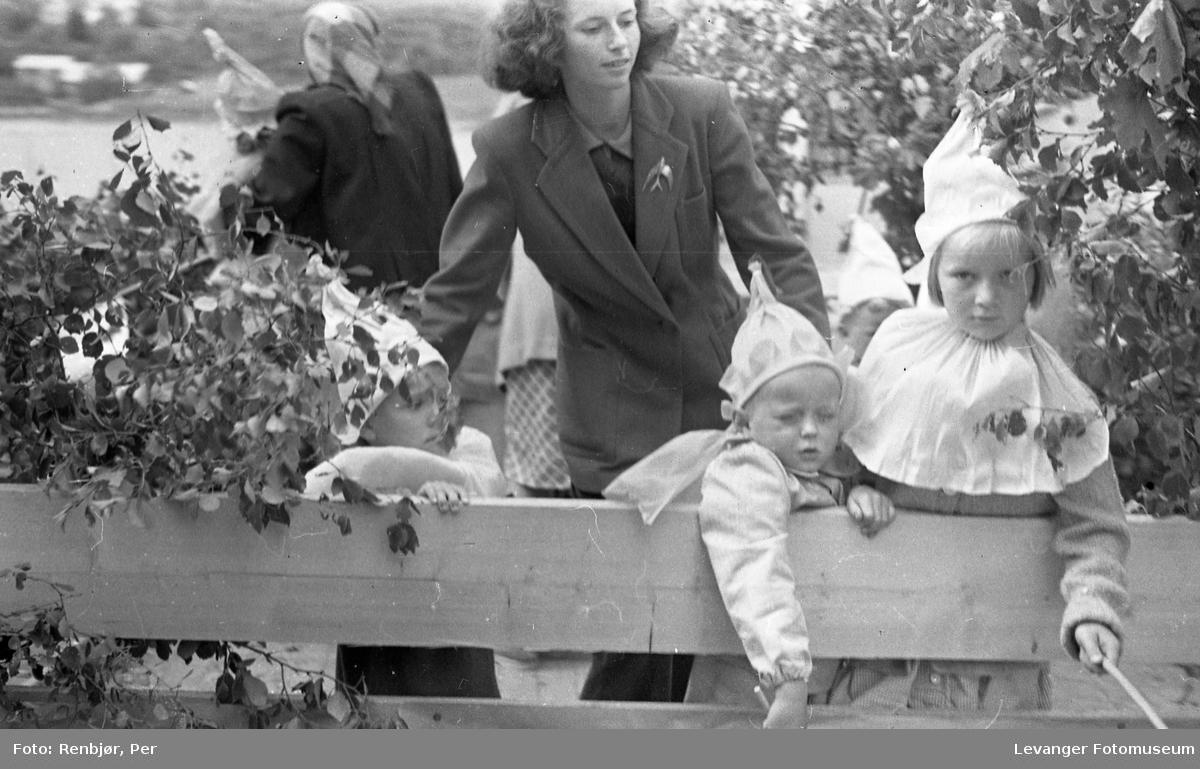 Barnas dag, Levanger  utkledde barn på en lastebil.