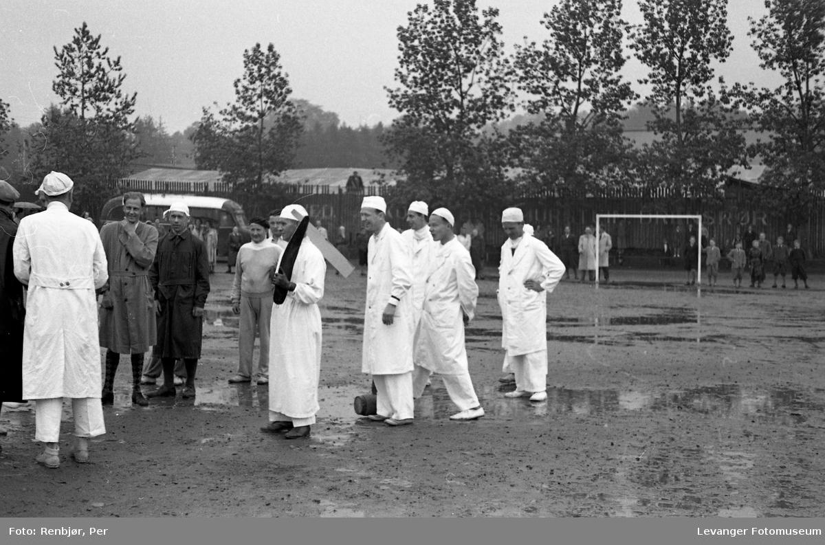 Barnas dag, Levanger, fotball kamp mellom sykehuset og lærerskolen, innsamling av penger.
