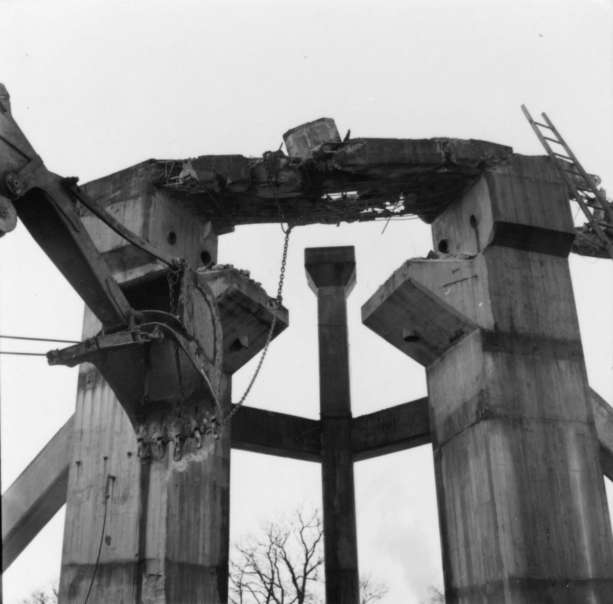 Linbanan, sprängning av brytstation vid vedgården. f d Klings trädgård