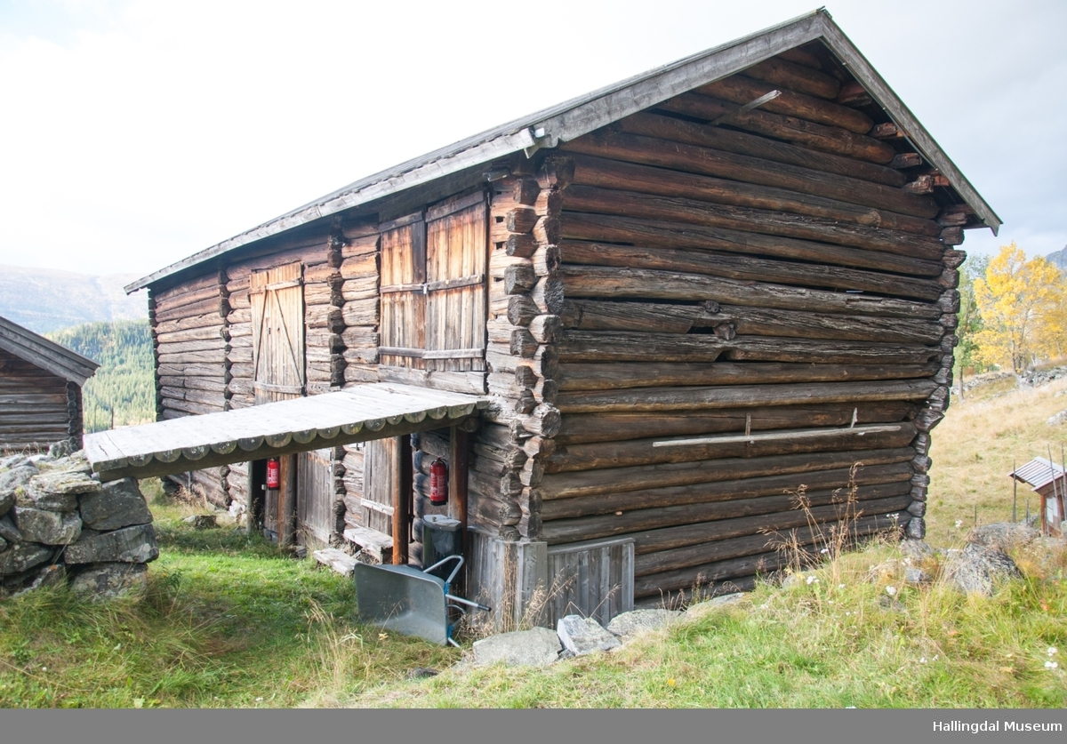 Låve på Hemsedal Bygdatun på gården øvre Løkji