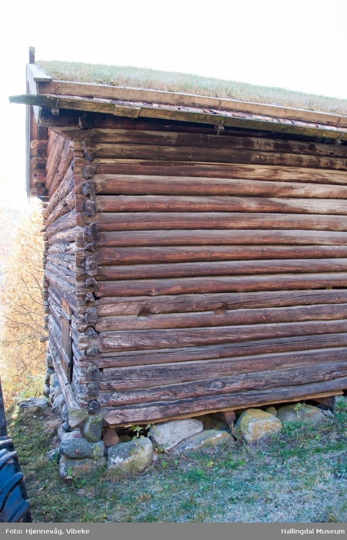 Låve på Ål Bygdamuseum, Leksvol