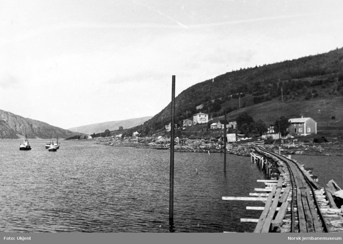 Anlegget Mosjøen-Mo i Rana : fylling over Kullstadsjøbukta, pel 240