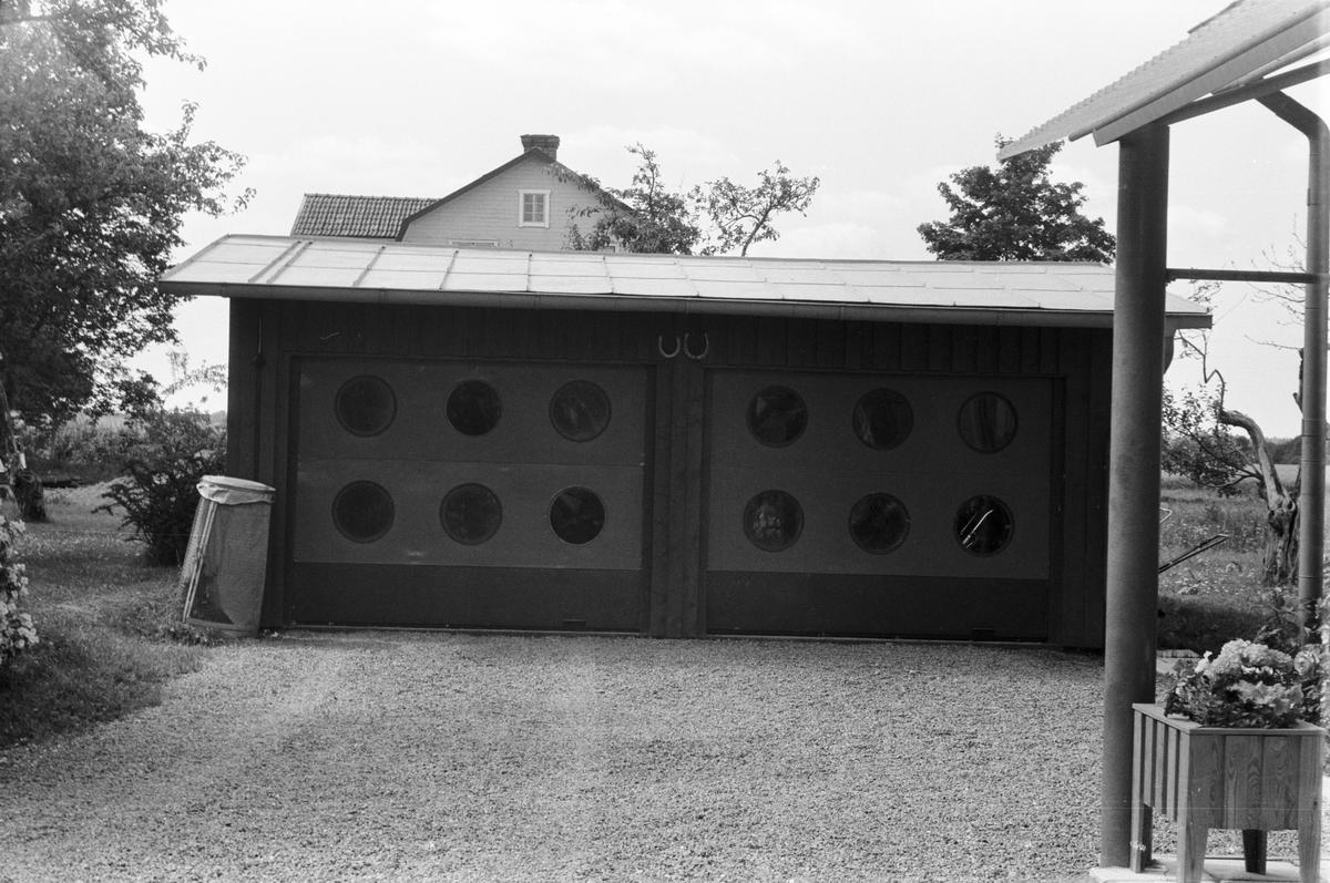 Garage, Dragby 4:3, Dragby kvarn och såg, Skuttunge socken, Uppland 1976