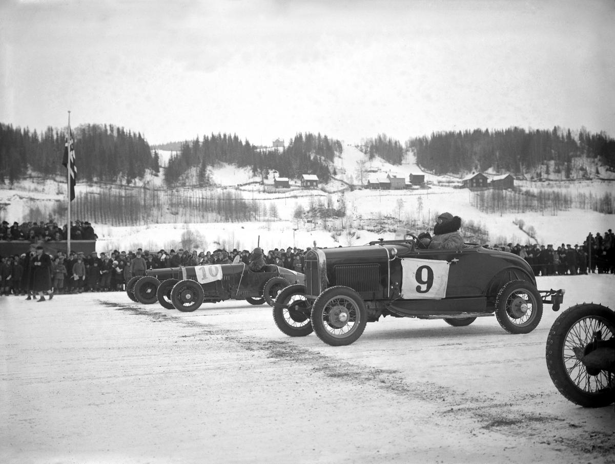 Mjøsløpet 1933, K N A, Oslo. Arvid Johansen med startnr. 9, en Ford A årsmodell 1930-31