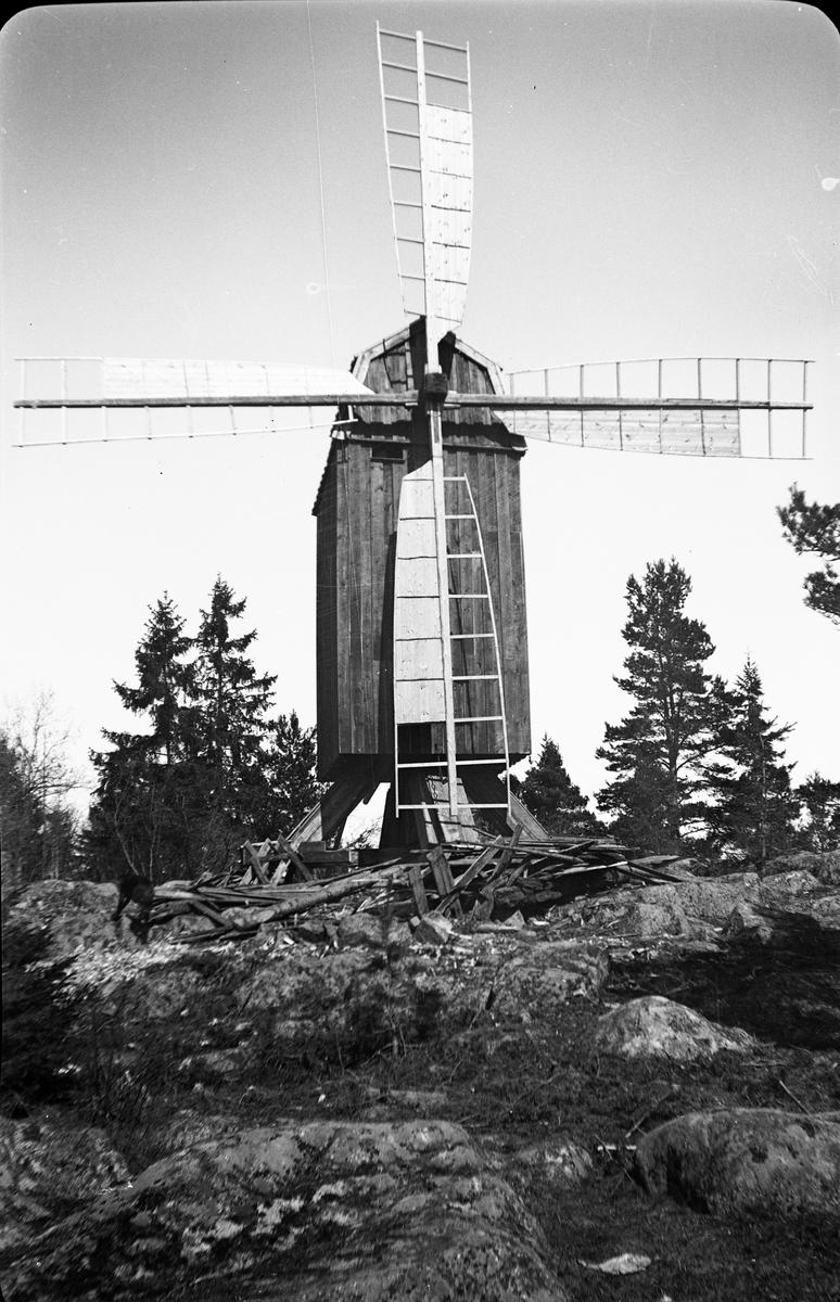 Väderkvarn vid Gammelhus, Östhammar, Uppland maj 1941
