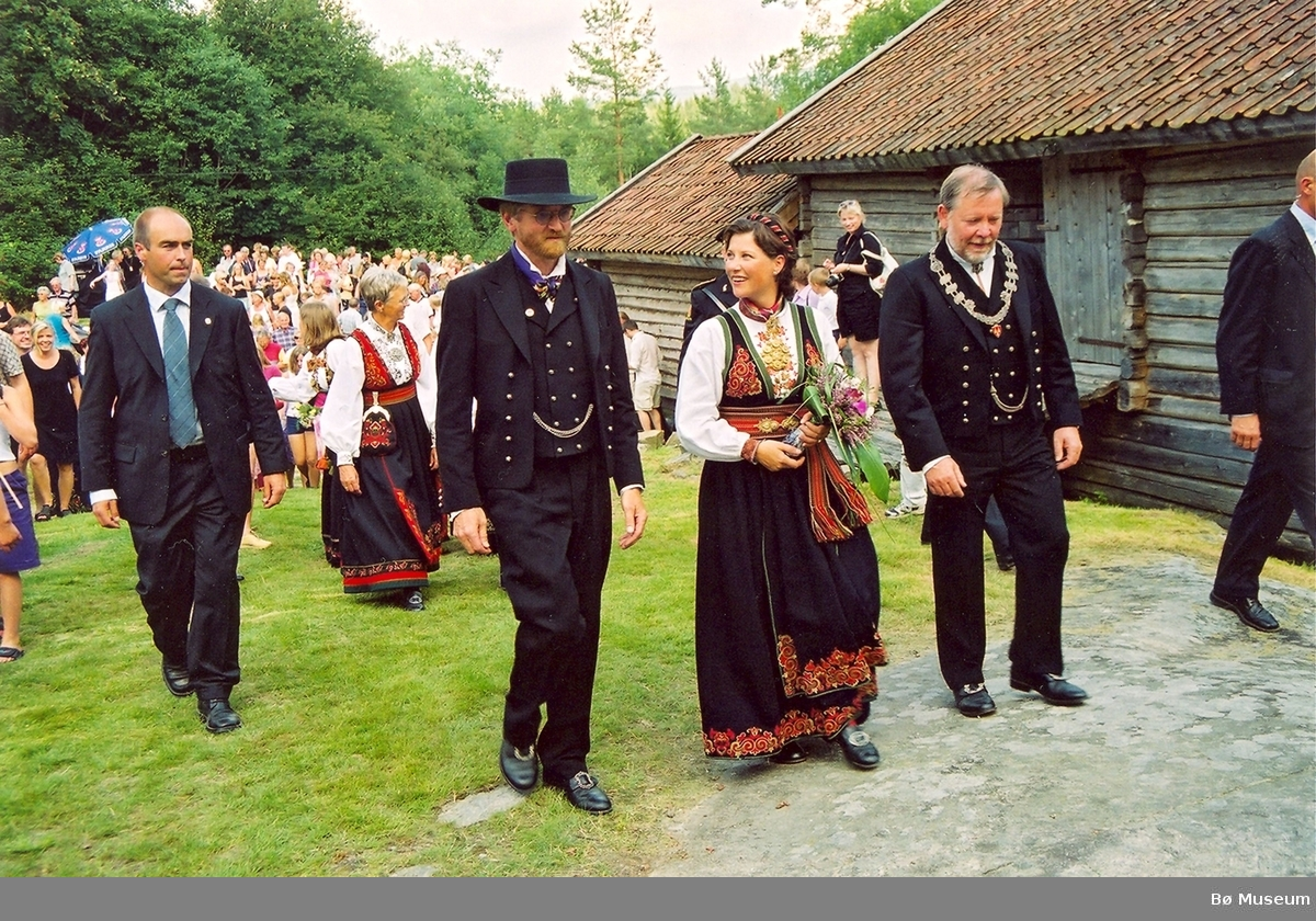 Prinsesse Märtha Louise på Kvennøya med Kjell Bitustøyl og Arne Storhaug
