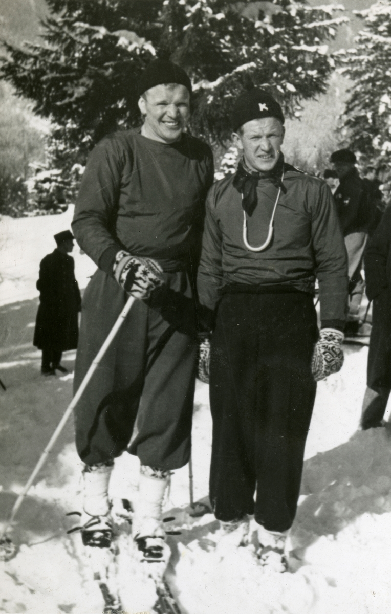 Brothers on ski - Sigmund and Birger Ruud at Garmisch