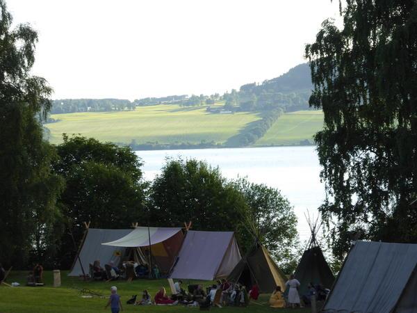 Vikingleiren. Foto/Photo
