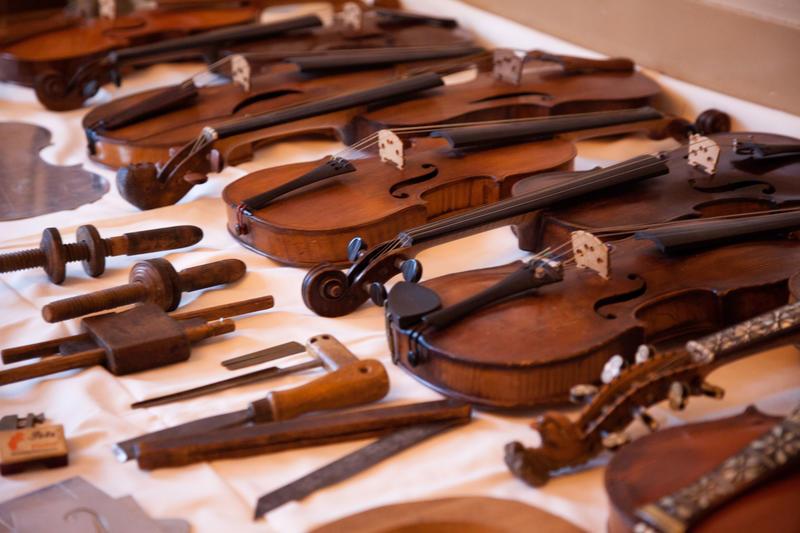 Strengeinstrumenter (Foto/Photo)