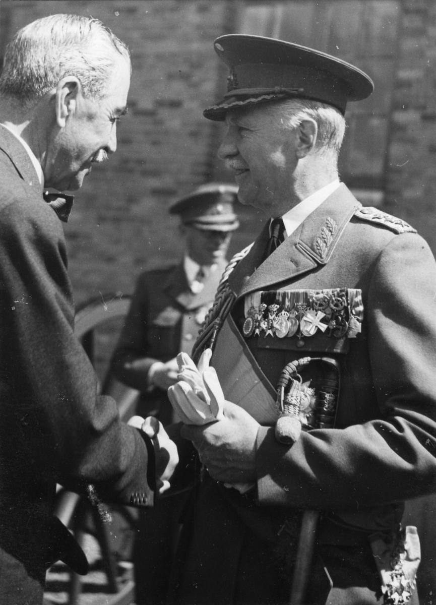 Jubileum 50 års, A 6. Gen Douglas och Nils Palmstierna.