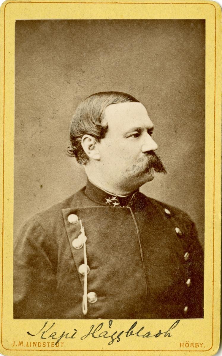 Porträtt av Eduard Abraham Häggbladh, löjtnant vid Södra skånska infanteriregementet I 25.