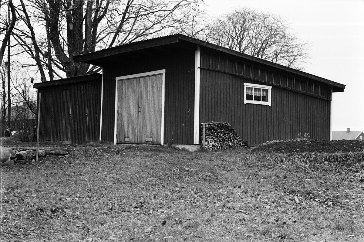 Vedbod och garage, Tensta-Forsa 3:5, Tensta socken, Uppland 1978