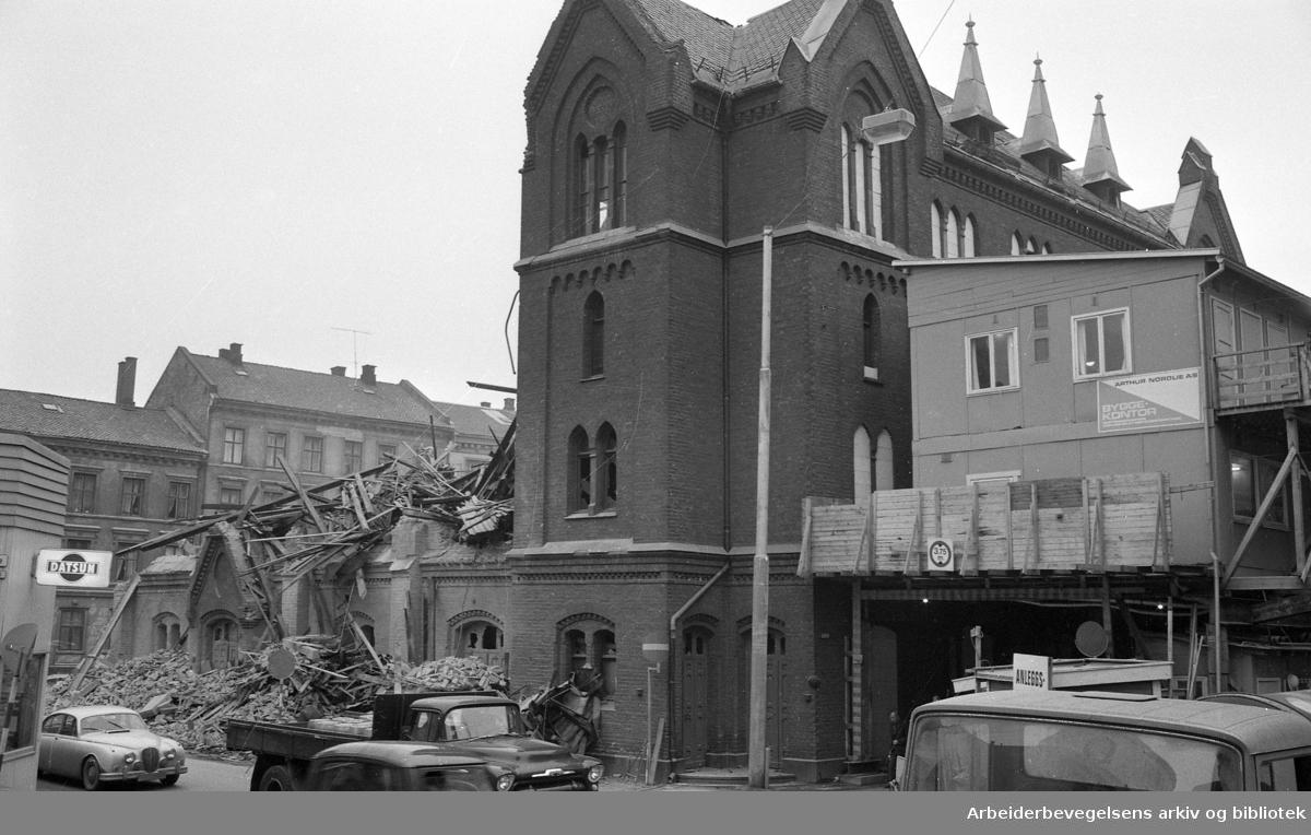 Calmeyergatens Misjonshus rives..1971.
