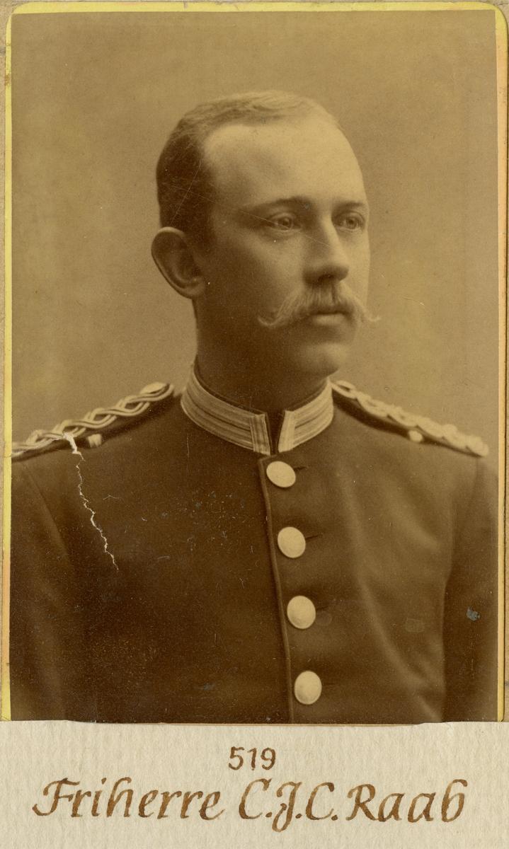 Porträtt av Carl Johan Costantin Raab, löjtnant vid Andra livgardet I 2. Se även AMA.0008359.