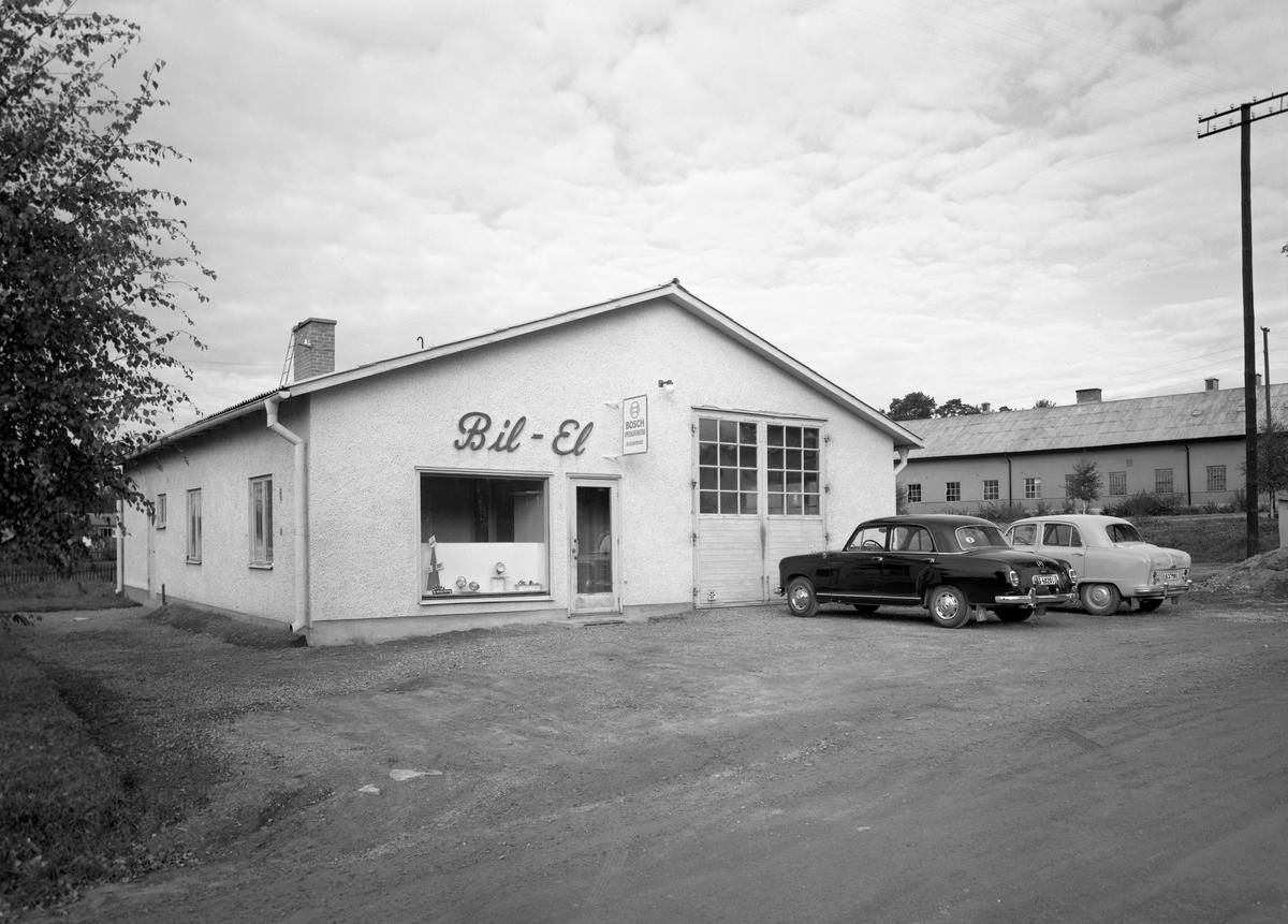 Arvika Bilelektriska såg ut så här 57-09-27. Till höger syns Arvika slakteri.