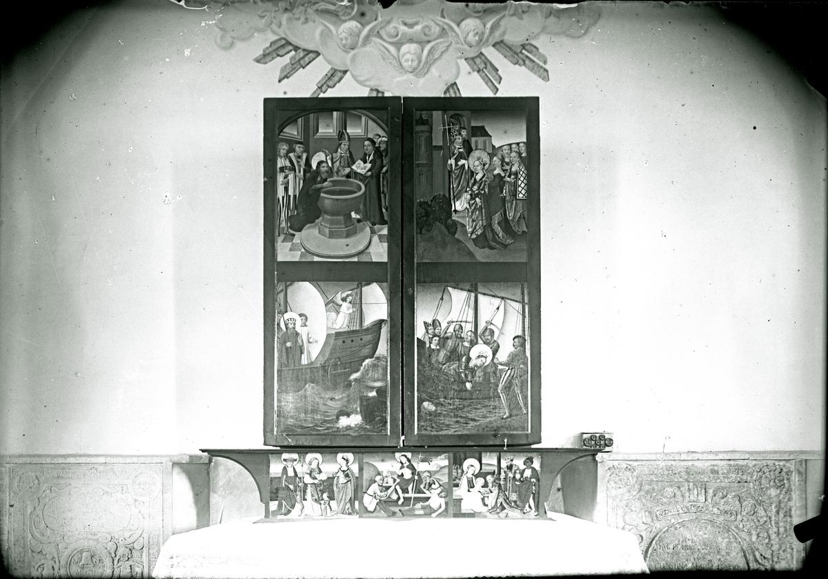 Altarskåpet i Köpings kyrka, 1910.