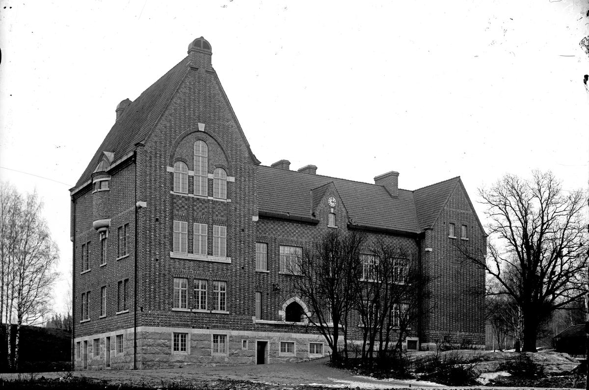 Samskolan, nuvarande Karlbergsskolan.