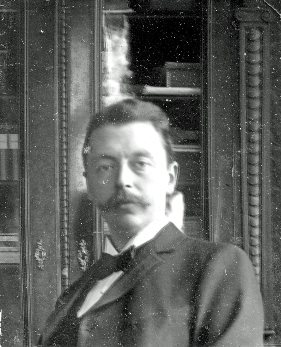 Alfred Bergendahl. Givare H Bergendahl.