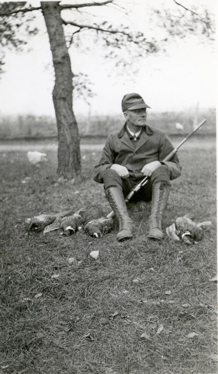 Ole Andreas Røang på jakt i Minnesota høsten 1936.