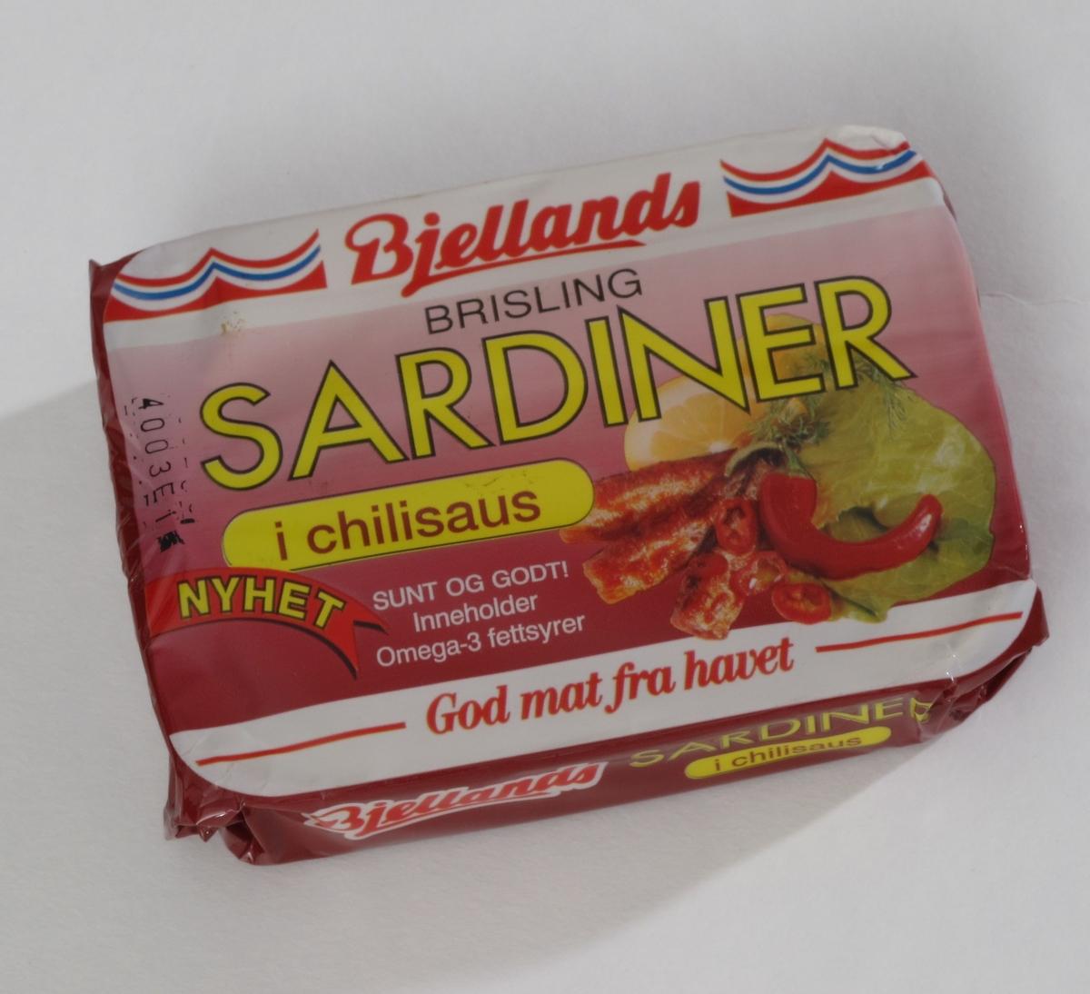Sardiner med chilifrukt, salat