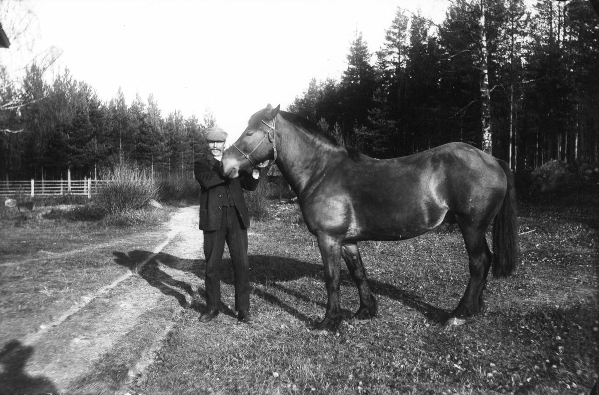 Okänd Lenningebo på 1910-talet.