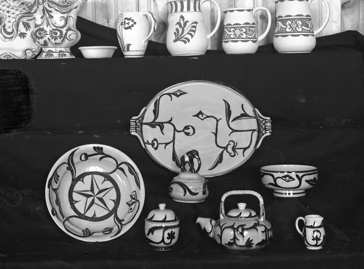 Ägnade sig åt keramiktillverkning i Gävle.