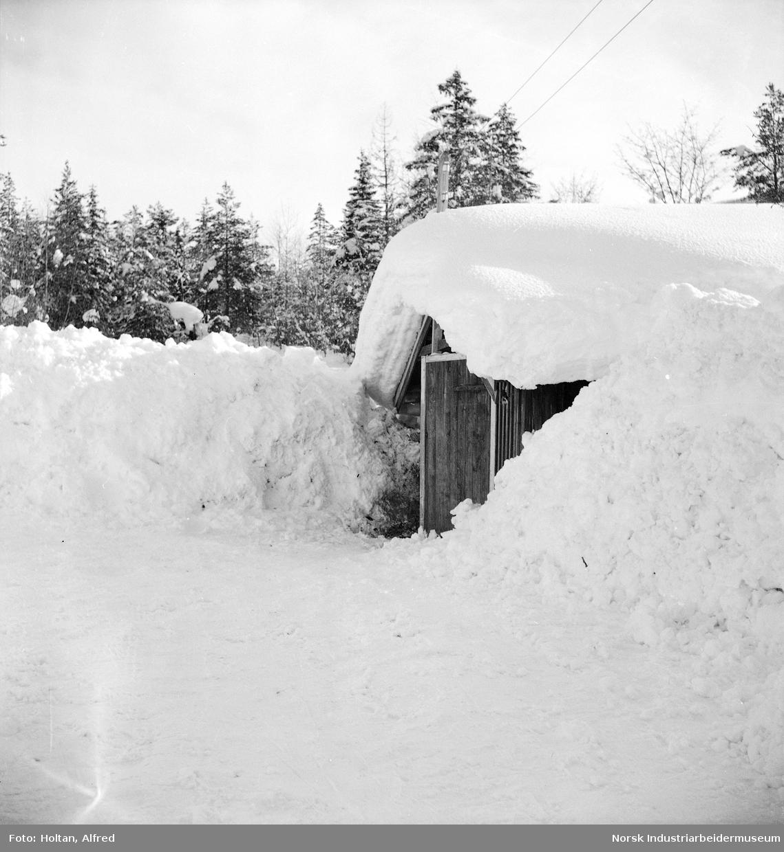 Bygg under snøen