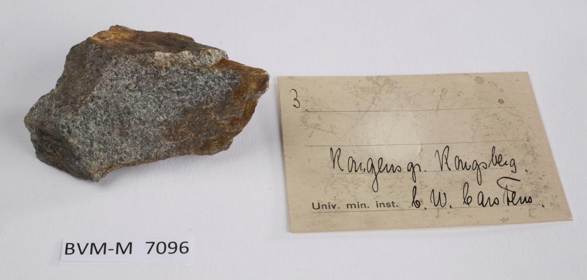 Etikett i eske: 3.  Kongens gr. Kongsberg C.W. Carstens
