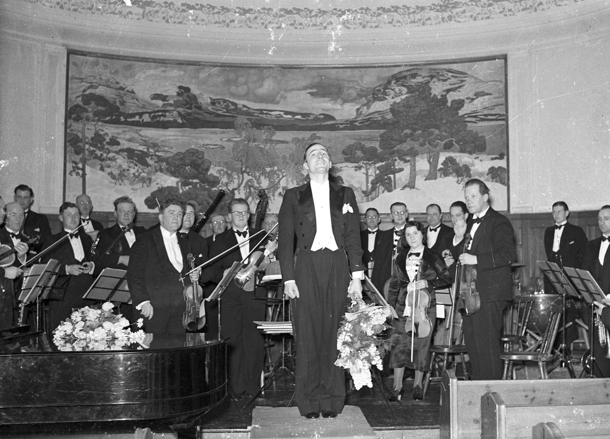 Konsert i aulan på Högre Allmänna Läroverket (Vasaskolan).