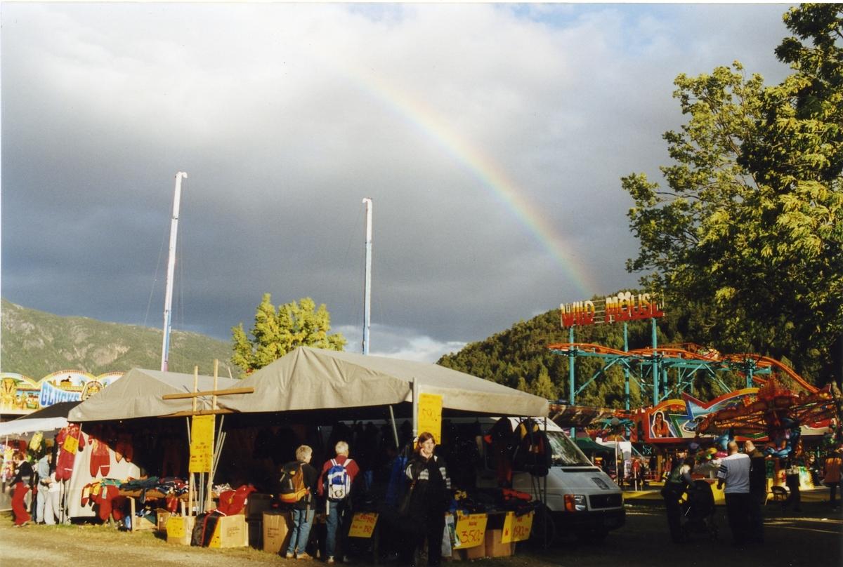 Regnboge over tivoliet